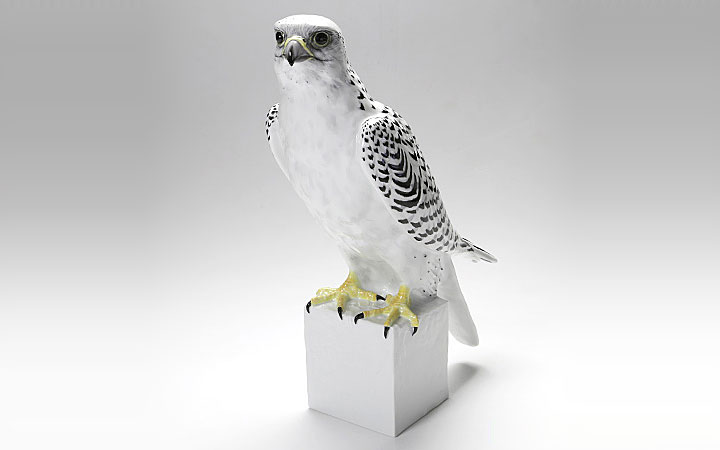 アウガルテン フィギュリン ハヤブサ ( Augarten Figurine Gyrfalcon )