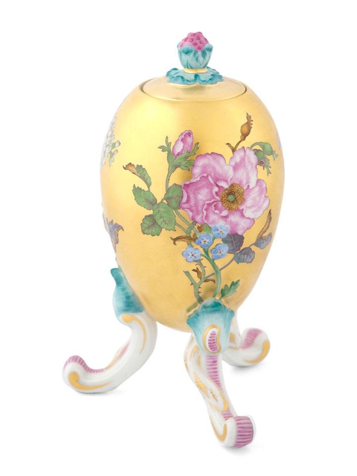 マイセン 脚付ボックス 「花の肖像画」 ( MEISSEN® Oviform Vessel with FF Flower Portraits After Copperplate Engravings )