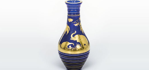 ボヘミアガラス モーゼル 花瓶 アニマル 3362 ( Bohemian Glass Moser Animor 3362, Hand Cut Vase With Sandblasted And Gilded Motifs )