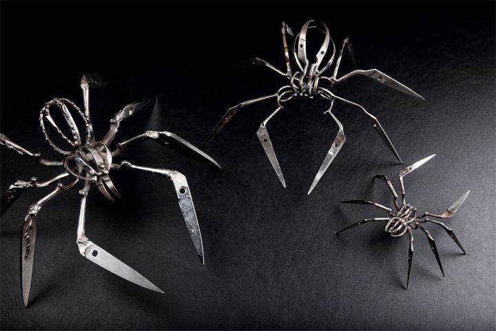 Christopher Locke 「Scissor Spiders」