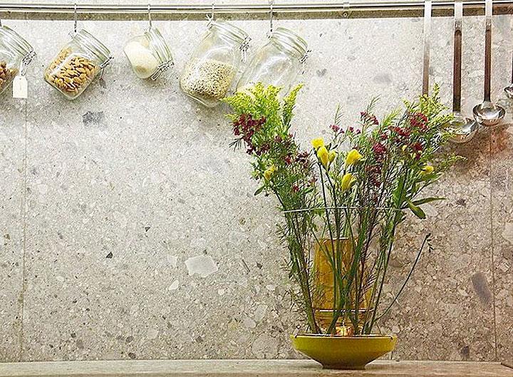 クリス・ケイベル - 花瓶 ヒドゥン・ベース ( Chris Kabel Hidden Vase )