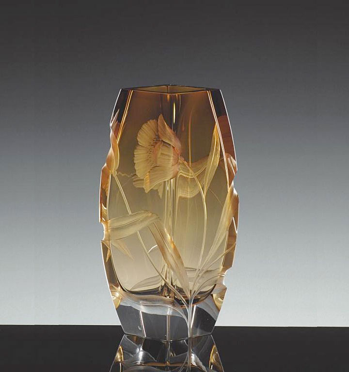 ボヘミアガラス モーゼル 花瓶 ブロッサム 2794 ( Bohemian Glass Moser Blossom 2794, Hand Cut and Engraved Underlay Vase )
