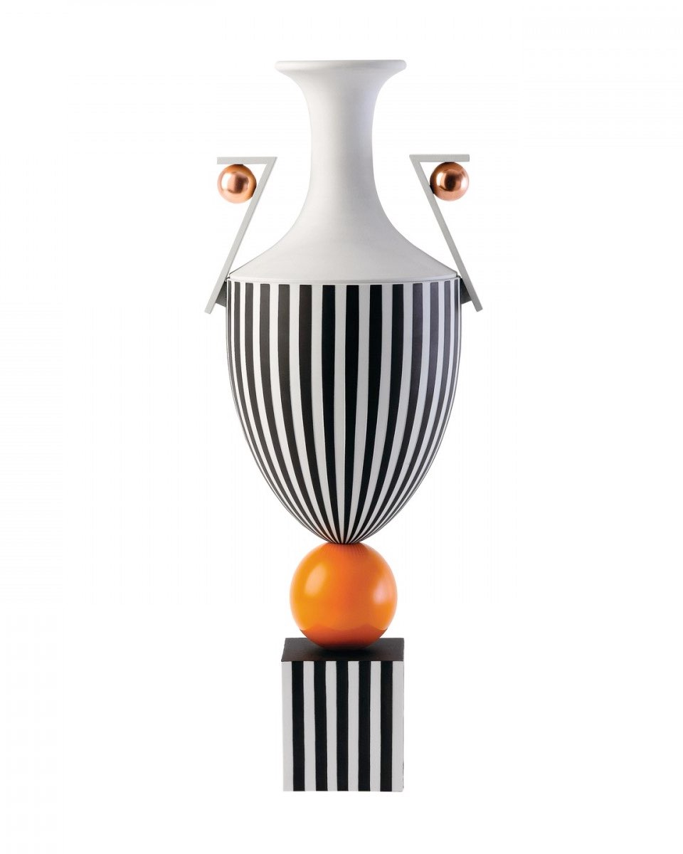 ウェッジウッド 花瓶 オレンジ・スフィア ( Wedgwood Tall Vase On Orange Sphere )