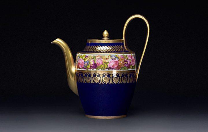セーブル マグニフィセント ティーポット ( Sevres Magnificent Tea Pot )