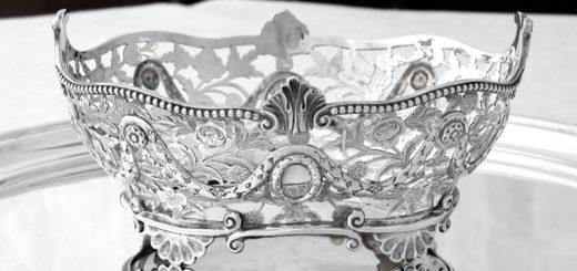 純銀製 ブレッドバスケット お花の透かし細工とガーランド装飾