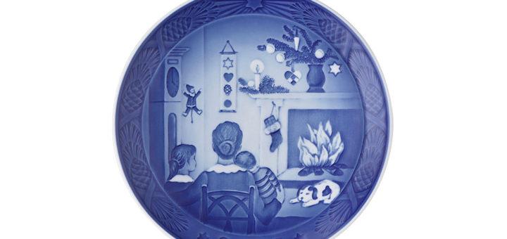 ロイヤルコペンハーゲン イヤープレート 2015年版 「CHRISTMAS DAYS」 ( Royal Copenhagen Year Plate 2015 - CHRISTMAS DAYS )