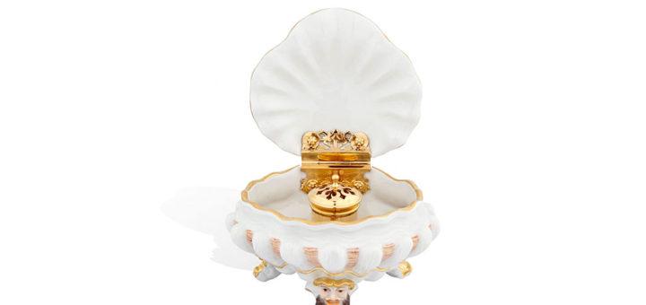 マイセン スパイスボックス 「スワンサーヴィス」 ( MEISSEN® Box In Polychrome And Gold )