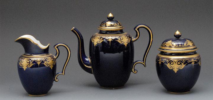 セーブル コーヒーポットセット コバルトと金 ( Sevres Dore Coffee Pot And Cover )