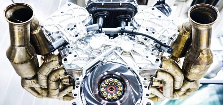 アストンマーティン ヴァルキリー V12型エンジン ( Aston Martin Valkyrie's V12 engine )
